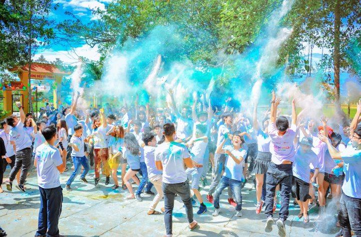 celebration-crowd-daylight-1157557.jpg
